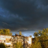 Вечер грозный и красивый :: Анатолий Кувшинов