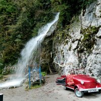 Водопад и авто! :: ирина