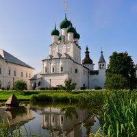 Церковь Иоанна Богослова(1683) в Ростове Великом :: Татьяна Каневская
