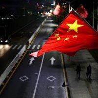 Ночная улица в китайском Шеньчжене. :: Haim