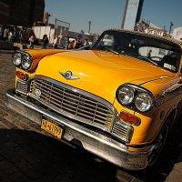 Старое Нью-Йоркское такси 2 :: Олег Чемоданов