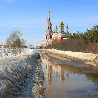 Храм Архангела Михаила в  деревне Красное :: ninell nikitina