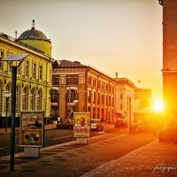 Закат в городе :: Вадим Есманович
