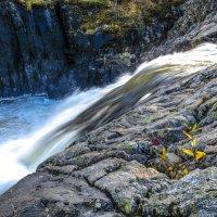 прыжок реки Титовка ! :: Георгий А