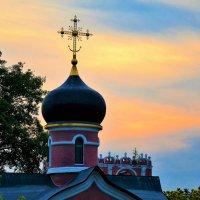 закат над Донским монастырем :: Галина