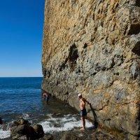 Скала на Черном море. :: Mamlina