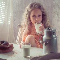 Завтрак у бабушки :: Ирина Руденко