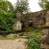 Источник у монастыря Сурб-Хач :: Serega