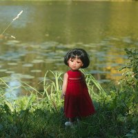 кукла в парке :: Ирина Татьяничева