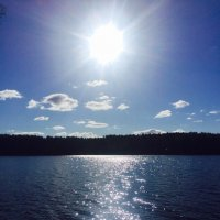 Свечение озера, манящее тайной :: Ирэн