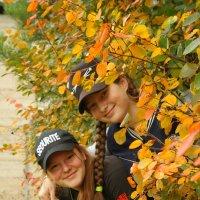 осень - рыжая подружка :: Ирина Хусточкина