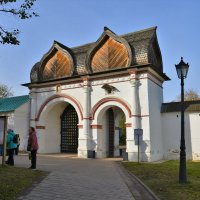 Спасские ворота в усадьбе Коломенское :: Константин Анисимов