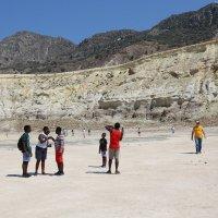 В кратере вулкана Стефанос.Нисирос.Греция. :: Татьяна Калинкина