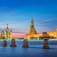 Красная Площадь и розовый рассвет :: Юлия Батурина