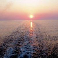 Закат солнца в море :: Аркадий Басович