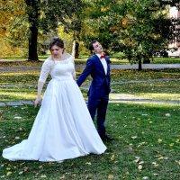 Жених и невеста... :: Анатолий Колосов