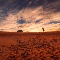 """""""Маршрутное"""" такси...Сахара...Марокко! :: Александр Вивчарик"""