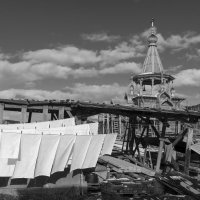 Хозяйственный двор :: Валерий Михмель