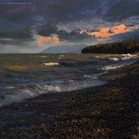 Осенний Байкал :: Виктор Перякин