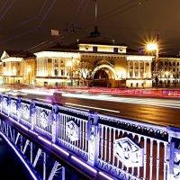 Дворцовый мост :: Юрий Слепчук
