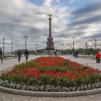 Памятник 1000-летия Ярославля :: Юрий Велицкий