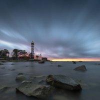 Шепелёвский маяк. Финский залив. :: Юрий