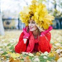 Венок из клиновых листьев. :: Elena Vershinina