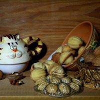 Вкусные орешки... :: Нэля Лысенко