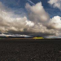 Исландскими просторами... :: Александр Вивчарик