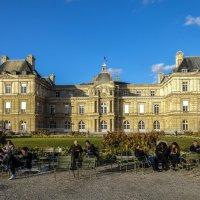 Люксембургский дворец, в свое время являлся резиденцией Марии Медичи :: Георгий А