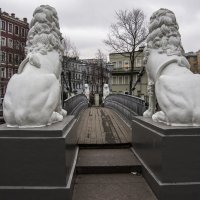 Львиный мостик :: Александр