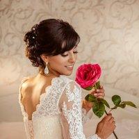 Невеста с розой :: Елена Оберник