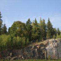 И в Финляндии есть утёс, который соснами порос..... :: Tatiana Markova
