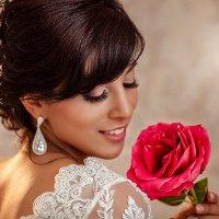 Прекрасный цветок :: Елена Оберник