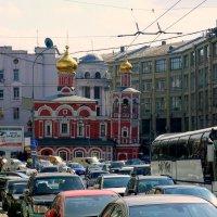Будни Москвы. :: tatiana