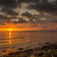Ах, как красив закат над морем! :: Александр Пушкарёв
