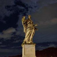 Скульпутра на мосту у замка святого Ангела :: Olcen Len