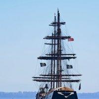 А не пираты ли это? :: Tatiana Kretova