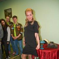 Надюша  и  лабутены :: леонид логинов