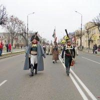 Борисов , участники парада посвящёны  1812 г :: Андрей Буховецкий