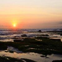 Вечерний закат на острове Бали :: Вероника Алатырева
