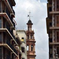 Колокольня. Валенсия. Испания :: Валерий Подорожный