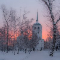 Храм во имя Спаса Нерукотворного Образа на восходе. Иркутск :: Nikolay Svetin