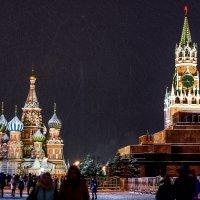 Красная Площадь к празднику готова ! :: Борис Соловьев