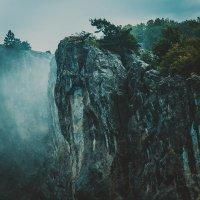 горы в дымке :: Русс Род