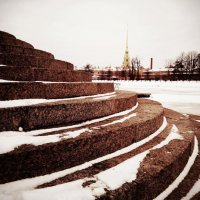 Снег.Гранит.Питер. :: Андрей Иванов