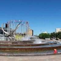 Фонтан на площади Европы. :: Татьяна Беляева