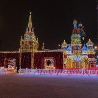 Ночная,предновогодняя Москва. :: Виктор Евстратов