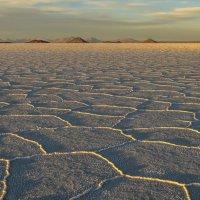 рассвет на озеро соли Уюни :: Георгий А