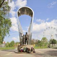 Памятник десантникам :: Елена (ЛенаРа)
